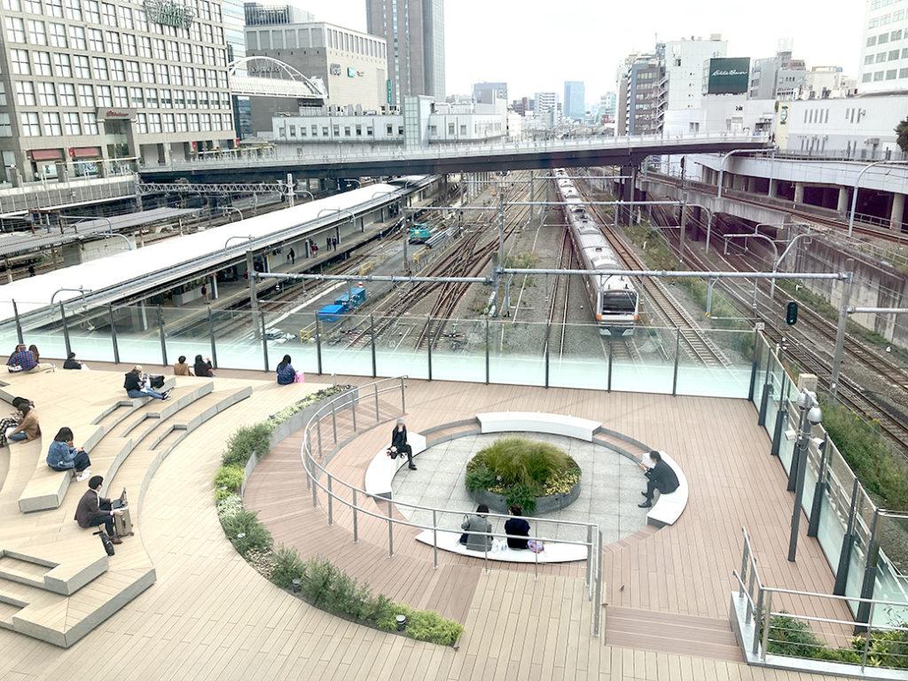 新宿駅新南口 Suicaのペンギン広場