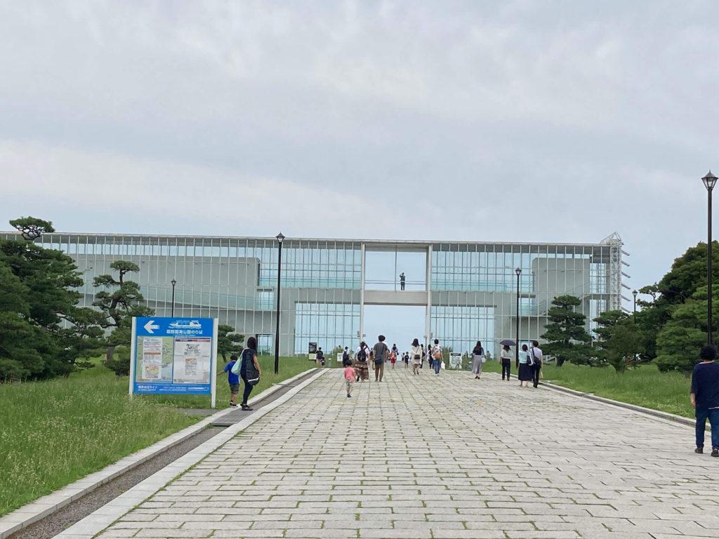 葛西臨海公園の展望台・クリスタルビュー