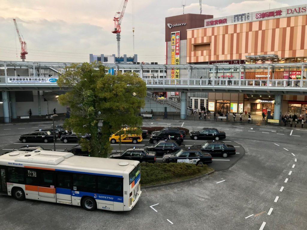 海老名駅東口ロータリー